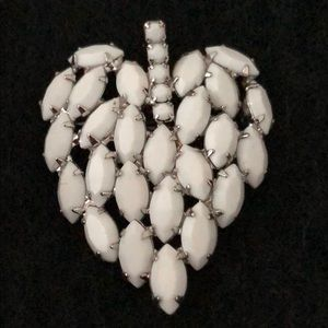 Jewelry - WHITE MARQUIS SHAPED BEADED LEAF IN SILVER BROACH